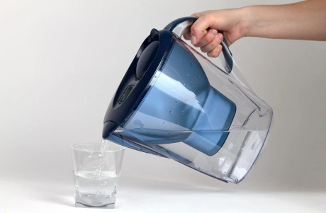 pouring-filtered-water-into-glass.JPG